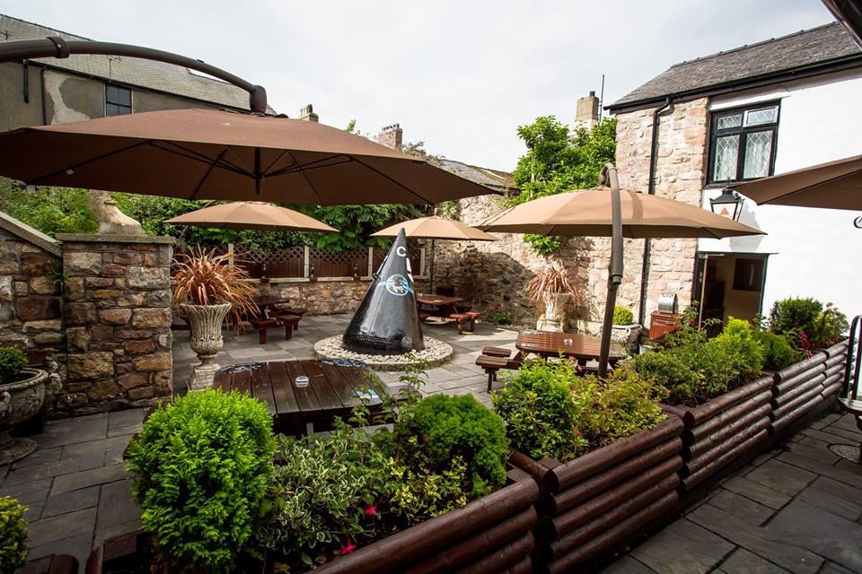Snowdonia Hotel